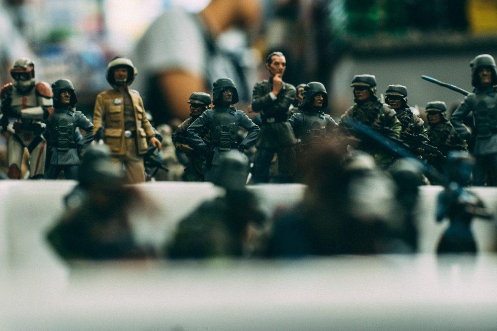 adult-army-battle-171944