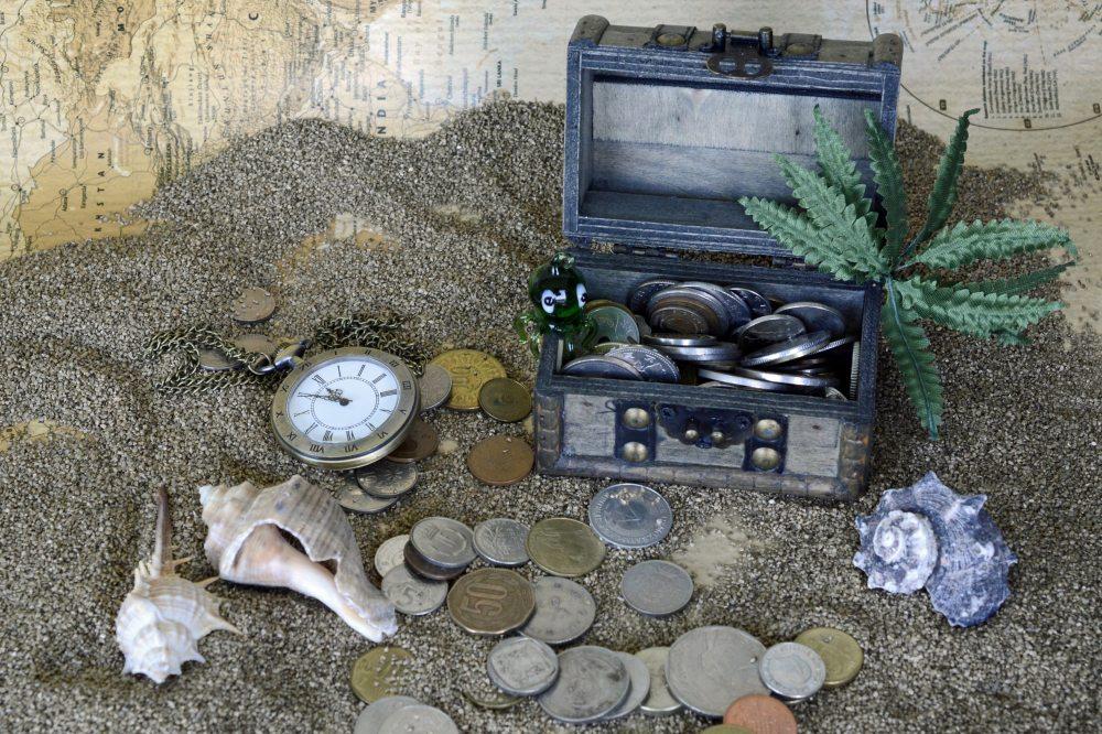 box-clock-coins-210597