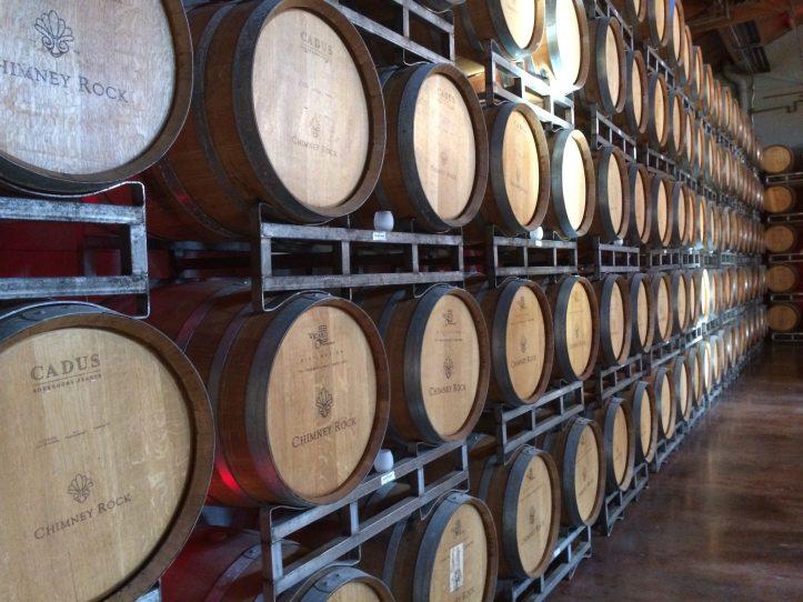 alcohol-barrel-basement-434311
