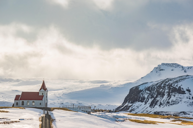 church-clouds-cold-1398059